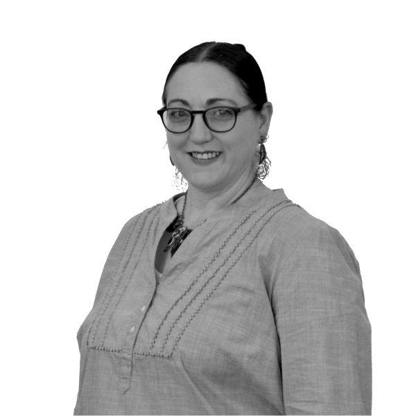 Voice teacher rebecca Hilder