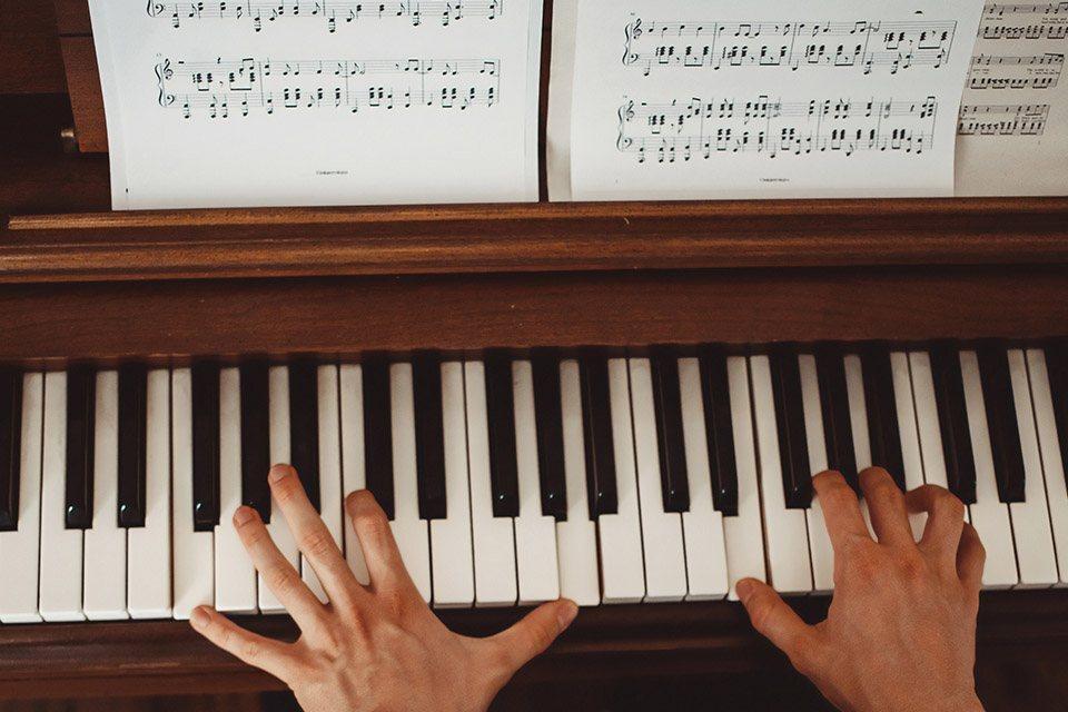 Music Talk & Piano Masterclass with Simon Tedeschi